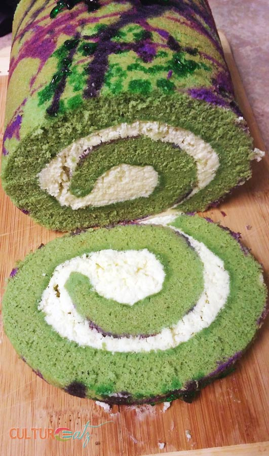 swiss cake roll slice