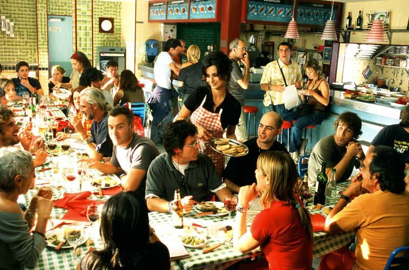 volver restaurant scene