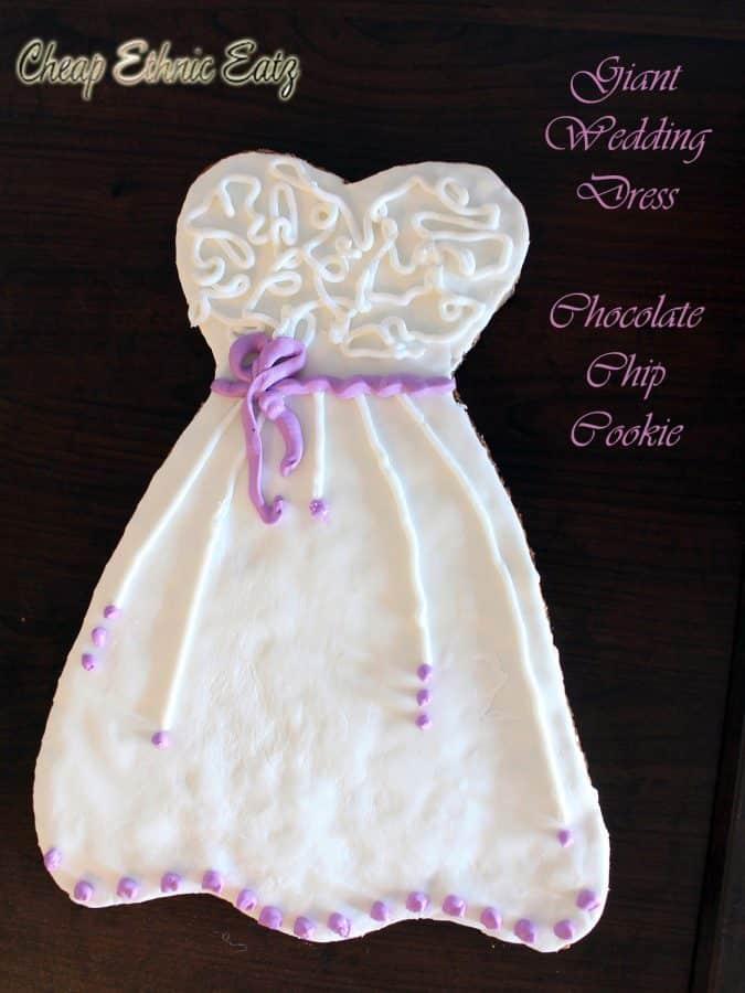 Wedding dress cookie 06