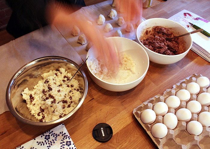 making macaroons
