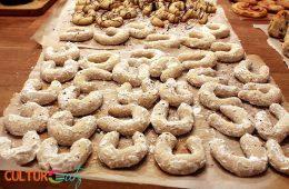 Austria Vanillekipferl vanilla powder sugar