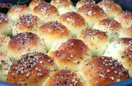Yemeni honeycomb bread