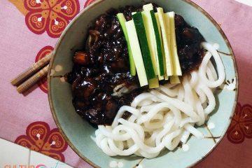 Zha-Jiang-Mian Chinese Fried Sauce Noodles