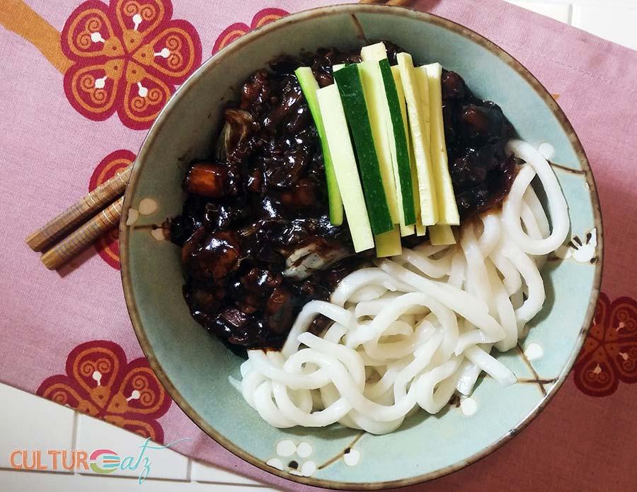 Zha Jiang Mian Chinese Fried Sauce Noodles