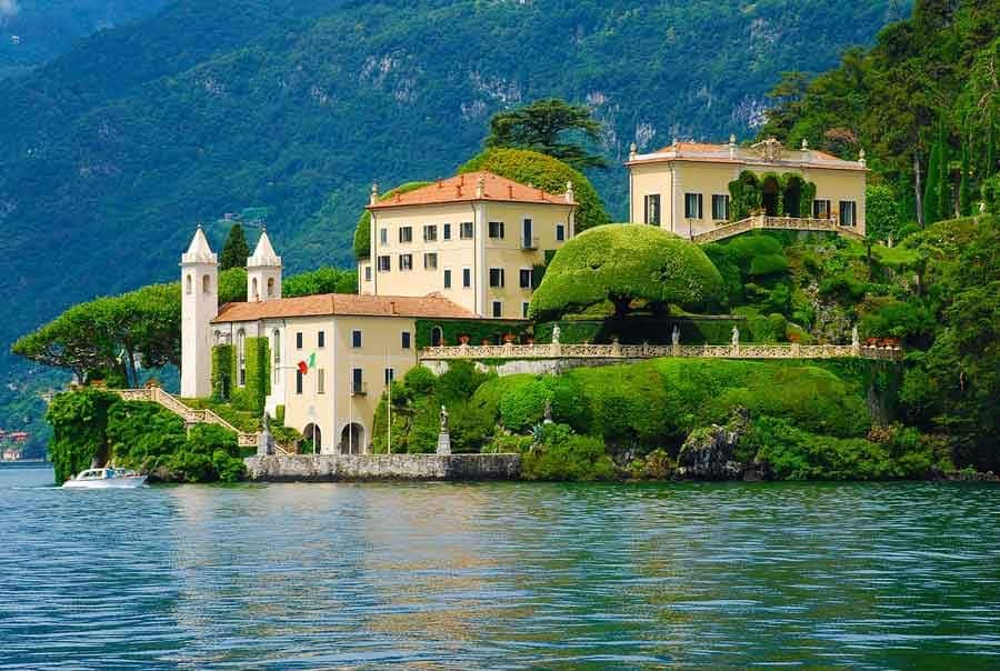 Italian Lakes Holidays Lake Como mansions