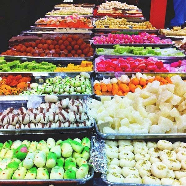 Diwali sweets Soan Papdi recipe
