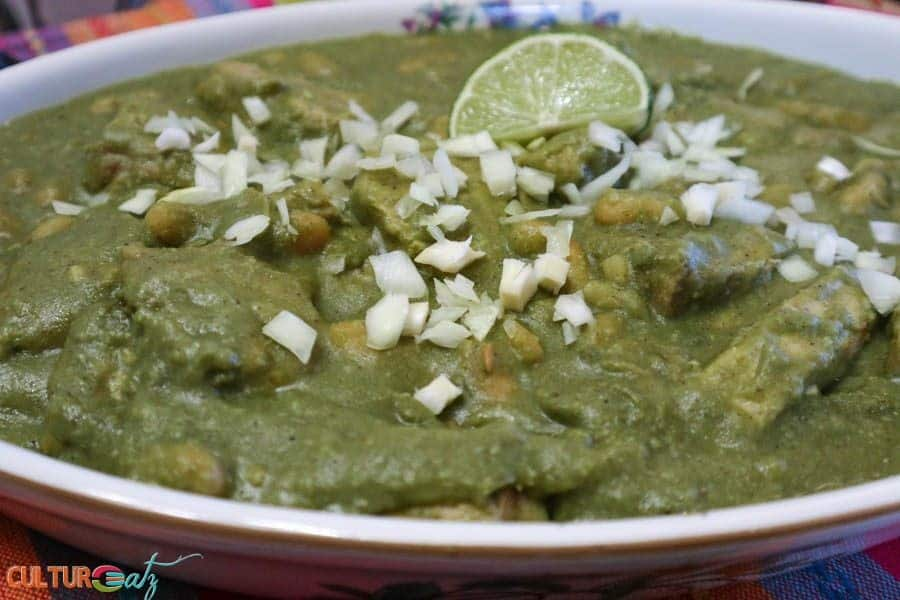 Mexican Mole Sauce Recipe Pork with Green Mole and White Beans side