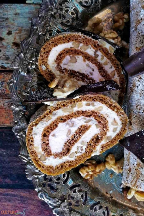 Libbys Pumpkin roll cake slices